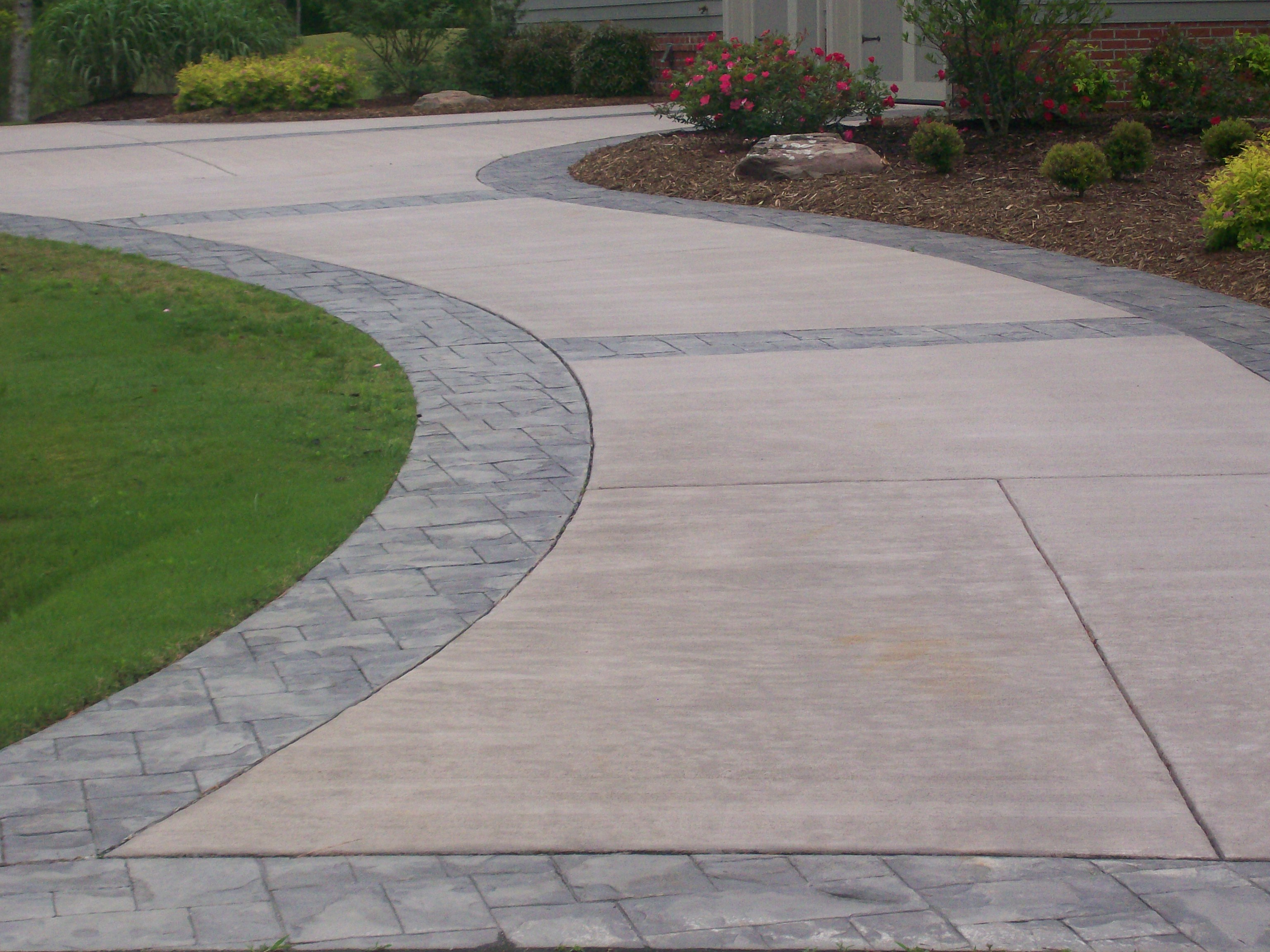 Concrete Driveways Versus Asphalt Diigo Groups