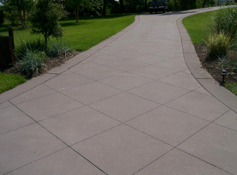 Concrete Broom Finish Driveway With Saw Cut Design Amp Borders